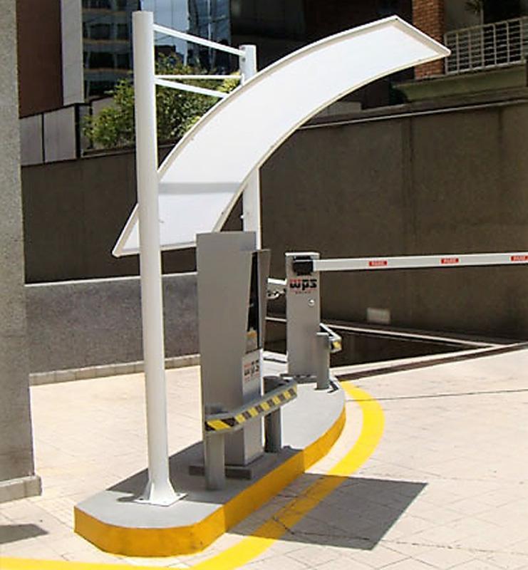 Cobertura para entrada de estacionamento
