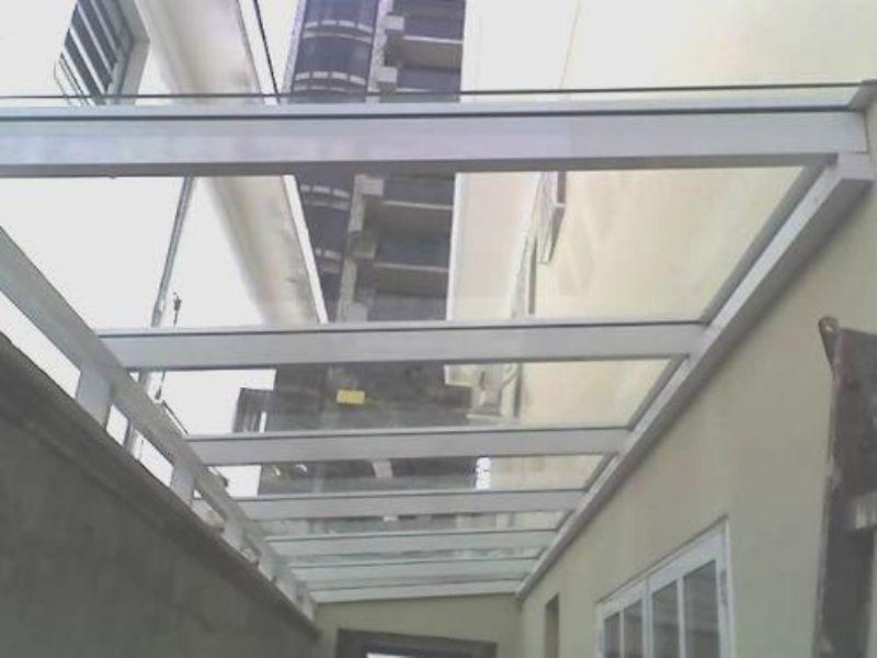 Cobertura retrátil de vidro