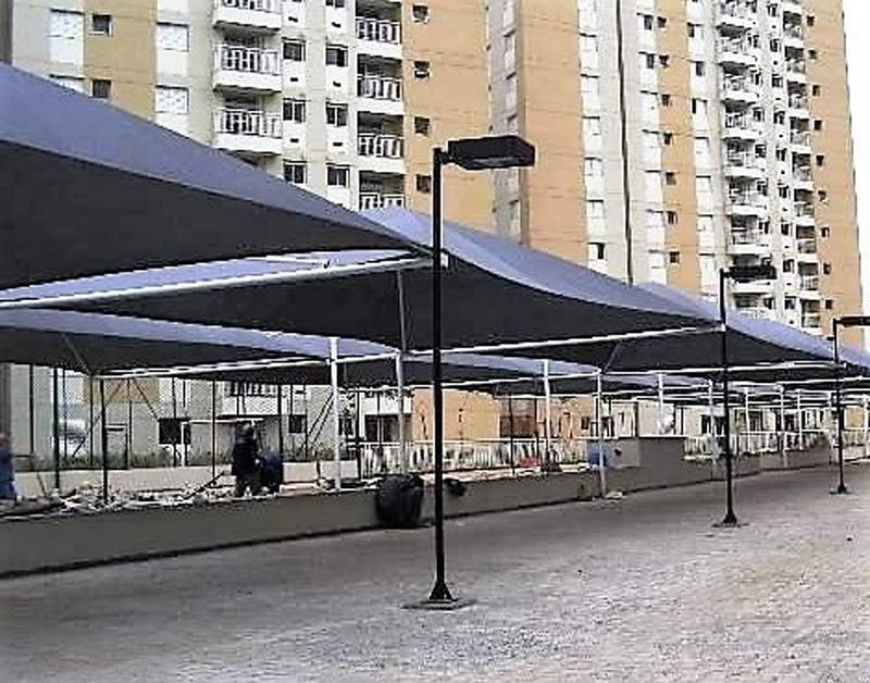 Coberturas para estacionamento de veículos